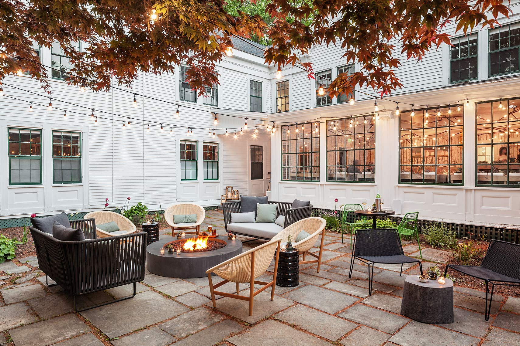 Whitehall Inn | Patio